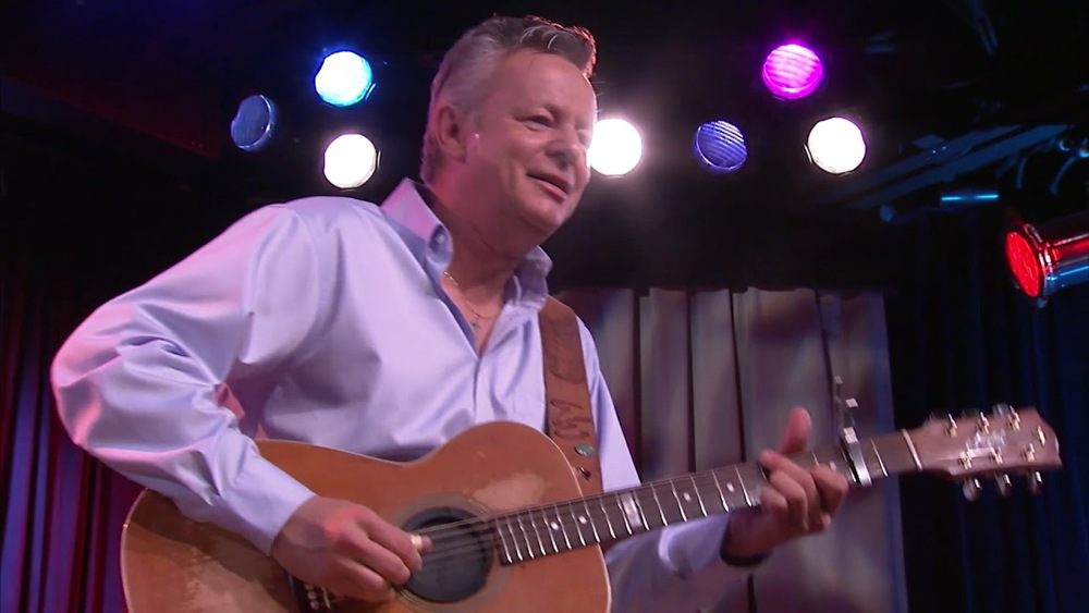 """The Great Tommy Emmanuel: """"The Jolly Swagman"""" (Live From Center Stage)"""